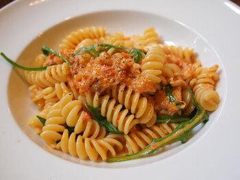 平日のランチでは定番のパスタや煮込み料理やスープなど本格的なイタリア料理が食べられる、ちょっと贅沢なコースを楽しむことができるんです。特別な日やデートに使いたい、手の込んだイタリア料理に大満足!