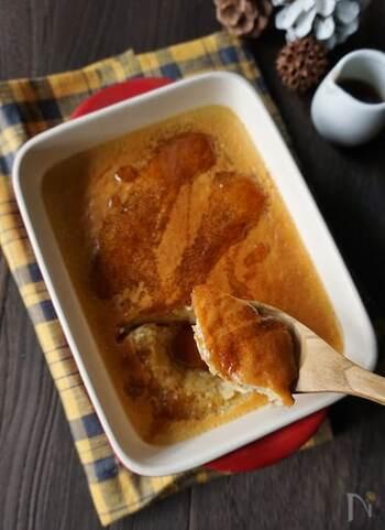 プリンも里芋入りで作れます。里芋のもっちり感が生きた、蒸し焼きプリンのレシピです。ホットケーキミックスを少量入れるところがポイント。カラメルを入れないので、メープルシロップなどのお好みの味付けでOK。黒みつやはちみつなど、お好みでアレンジしてみてください♪