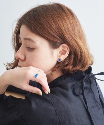 """袖口からさりげなく。ネイルとアクセサリーで作る素敵な""""手元コーデ""""集"""