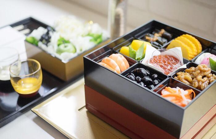 迎春におすすめな重箱・漆器・祝箸…特別な「器」で食卓を演出しよう。