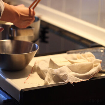 ご飯がすすむとうめしも!味がしみしみ『ごちそう豆腐』レシピ集