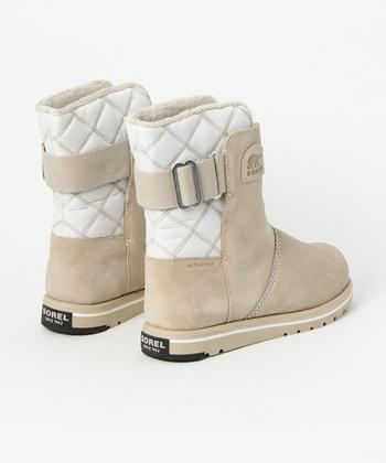 UGG(アグ)のムートンブーツ感覚で、ファッションに気軽に合わせやすいのが大きな魅力。雪が降っていない日に履いても、馴染みやすいですよ。