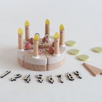 シンプルだから記憶に残る。子供の記念写真・素敵なアイデア
