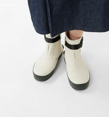 """「日々に""""ちょうどいい""""フィットウェア」をコンセプトに、毎日の生活の中で履くのにちょうどいいスニーカーを提案しています。"""