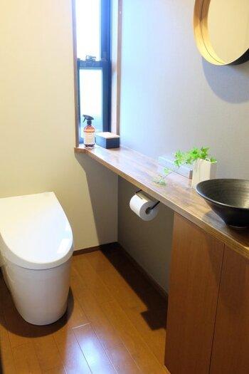 11月はトイレの掃除を念入りに。窓や換気口など、普段は手が回らないところまで、しっかり掃除してください。普段から頻繁に掃除しているという方は、別の場所の掃除に当てましょう。