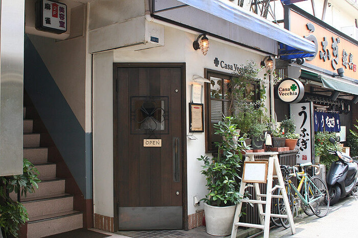 地元に愛されるイタリアンと言えば「カーサ ヴェッキア」は外せません♪店名はイタリア語で「古い家」という意味だそうで、名前の通りアットホームな雰囲気のお店です。
