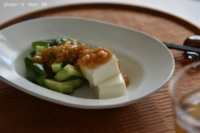 柚子胡椒は冷奴や湯豆腐に載せて食べるのもおすすめ。塩味や辛味があるので、醤油なしでも美味しく頂けます。