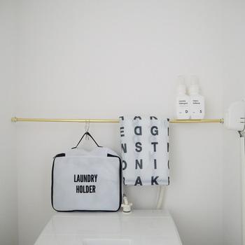 旅行中、使用後の下着は洗濯ネットに入れていくと、帰宅後すぐに洗濯できるので便利です。筆者は、行きから洗濯ネットに収納して、さらに予備の洗濯ネットも持って行きます。こうすれば、使用前と使用後をきちんと分けられるし、予備も数枚あれば、洗濯ネットがぎゅうぎゅうになってしまうことなく、旅行中に適宜仕分けすることも可能です。帰宅後の片付けの負荷を減らすことができますよ。