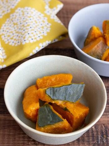 和食の定番の煮物も、塩麹を使うと一味違った味わいに。かぼちゃの甘みとホクホク感を楽しめて、お子さんもきっと喜びますよ♪