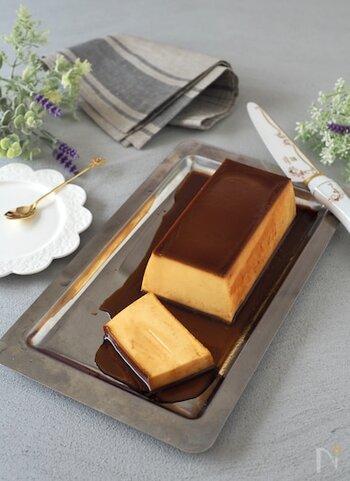 マスカルポーネチーズを使った、おしゃれなイタリアンプリン。しっかりしたかため食感が特徴です。プリン好きにはたまりませんね。