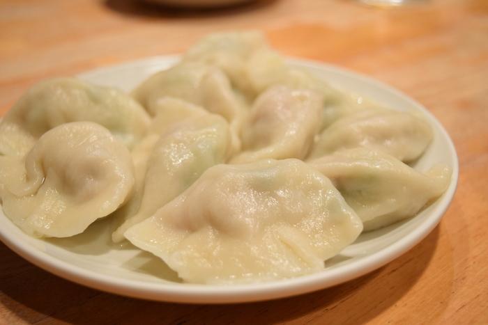 「您好 (ニイハオ)」に来たらまずはこれ!北京風の「水餃子」は外はモチモチ、中は野菜がたっぷりでシャキシャキ!