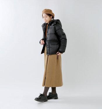 ボリュームのあるダウンも、ポイントさえ押さえればすっきりきれいに着こなせます。今年の冬は着ぶくれを恐れずに、素敵なダウンコーデを楽しんで下さいね!