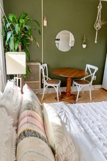 お部屋が整理整頓され、クリーンな状態だと、自然と気持ちもすっきり前向きな気分に◎。いつもは忙しくてなかなかお掃除できないところも、時間を設けて丁寧にクリーニングしてみましょう。