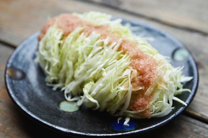 千切りキャベツも、絶品ドレッシングがあればおいしいサラダに大変身。お野菜が苦手な方も、モリモリ食べられますよ。