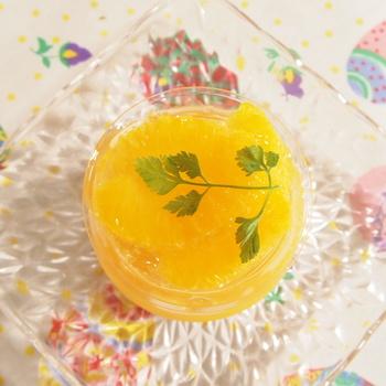 混ぜ込む素材を変えることで、アレンジだって自由自在。お気に入りのグラスに作って、おうちカフェのスイーツメニューを充実させてみませんか?今度のお休みに、ぜひ、チャレンジしてみて下さいね♪