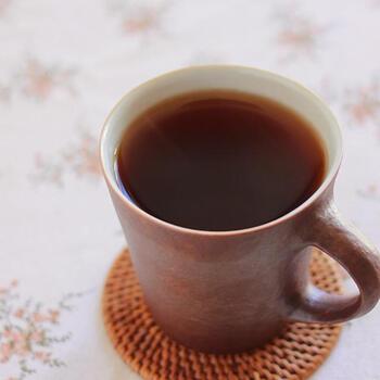 コーヒーとはいうけれど原料は玄米。玄米をじっくり黒炒りすることで、香ばしさと苦味を引き出しているそう。玄米ならではの米由来の甘さも感じられます。