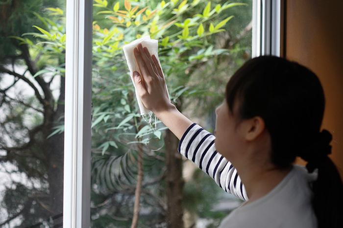 使い古した和晒は、掃除道具に変身!雑巾として窓や棚、床を拭くのに活躍します。とことん使い切る気持ち良さを味わいましょう♪