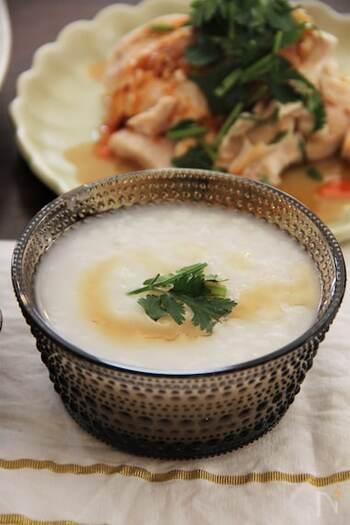 冷やご飯を使った基本の作り方はこちら。とっても簡単なので、忙しい朝にもぴったりですよ。