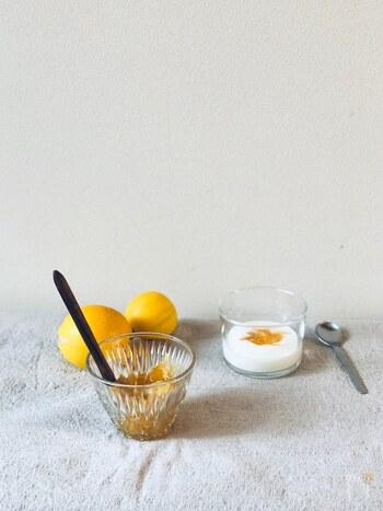 キュンと甘酸っぱい「レモンジャム」基本の作り方とアレンジレシピ