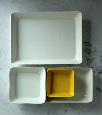 ちょっと深いこんなタイプは、取り皿やお料理の盛りつけがしやすくて、お食事メインに使っても◎。