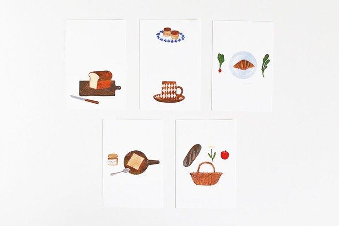 イラストレーター西淑(にししゅく)さんの、たくさんのパンを楽しめるポストカード。おだやかで温かみのある絵柄と美濃和紙の質感が絶妙にマッチしています。