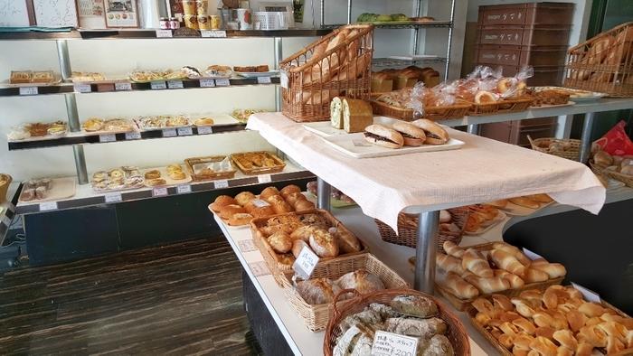 オリジナルパンは120種類以上あるとのこと。いつ訪れても店内には美味しそうな香りが漂っています*