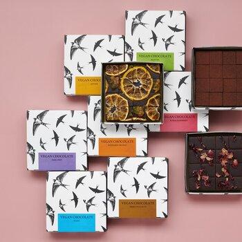 ヴィーガンチョコレートとは思えない、なめらかな口当たり。チョコレートもパッケージもおしゃれなので、周りと差を付けられそうです♪