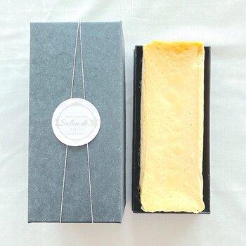薬膳エキスパート®の創始者が手がけるチーズテリーヌは、おいしいものを健康的に食べたい方に人気のお取り寄せです。豆乳生クリームやきび糖など材料にもこだわっているんですよ。