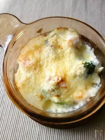 長芋で作ったホワイトソースは、あっさりしていて食べやすい♪長芋と牛乳をミキサーにかけ、フライパンで煮詰めるだけなのでお手軽です。生クリームやバター不使用なので、カロリーを抑えられるのも嬉しい。