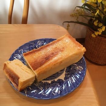クリームチーズは、通常のチーズケーキの2倍も使っている贅沢仕様で、生クリームは100%国産にこだわっています。気軽なおやつにいかがですか?
