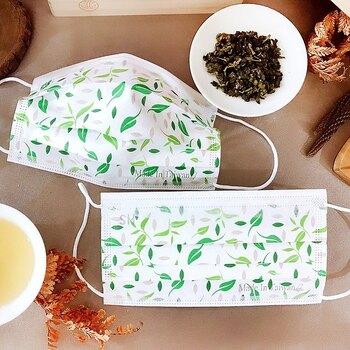 こちらは新茶をモチーフにした、ナチュラルでかわいらしいデザイン。フレッシュな緑色が明るく爽やかな気分を連れて来てくれるはずです。