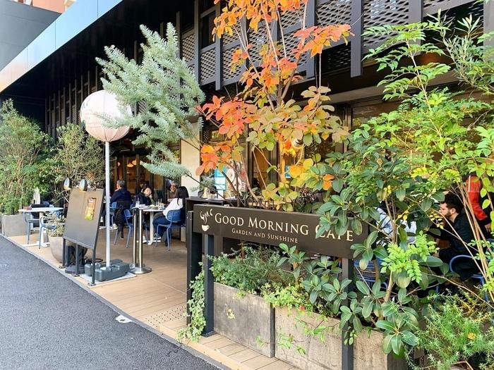 千駄ヶ谷駅から歩いて5分ほどのところにある「GOOD MORNING CAFE NOWADAYS」は、ダガヤサンドウを代表するおしゃれカフェ。都心とは思えないゆったりした雰囲気と本格的なお料理が魅力です。