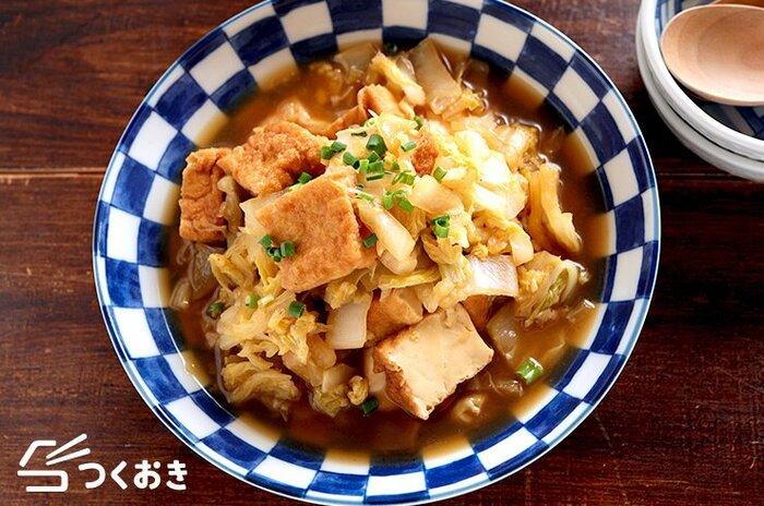 ヘルシーかつ節約メニューにもなる、白菜と厚揚げの甘辛煮。メインのおかずにしても、白菜にしてもオッケーなお役立ちメニューです。