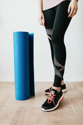 筋肉も上手く動くようになるので負担が軽減され、肩凝りや腰痛のようなプチ不調からも解放されることも。さらに体が動くようになると活動量が増えていくので、余計な脂肪がつきにくくなるでしょう。