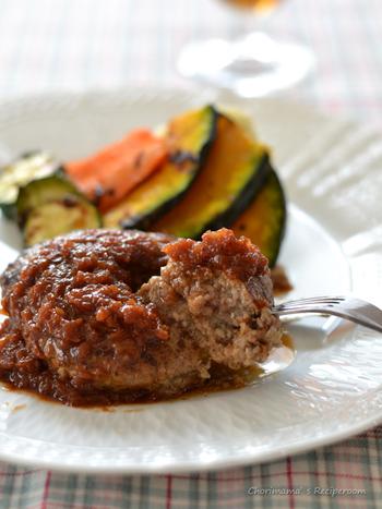 育ち盛りでがっつりハンバーグを食べさせたい時は、「オニオンデミグラスソース」で。玉ねぎをたっぷりといただけるので、野菜をしっかりとチャージできます◎
