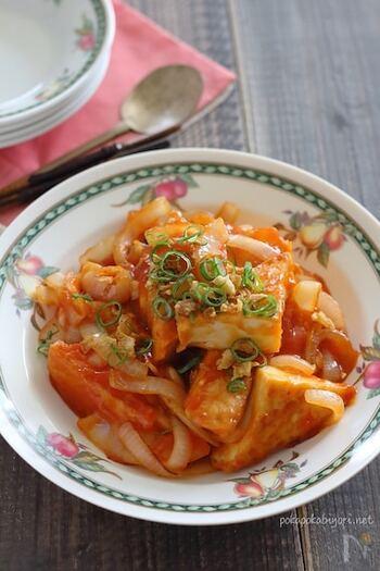 ケチャップ&豆板醤のチリ味で、甘辛くご飯がすすみます。エビチリよりもコスパが良く、お腹も満腹になるからうれしいですね。