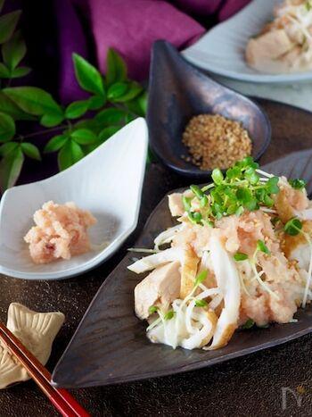 シャキシャキ大根とかいわれ菜のダブル大根を使用した和風サラダ。ツナ缶の油が加わることで旨味がアップします。