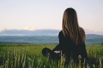 毎日頑張って、疲れてしまったあなたへ。心に効く「アロマ」の癒し