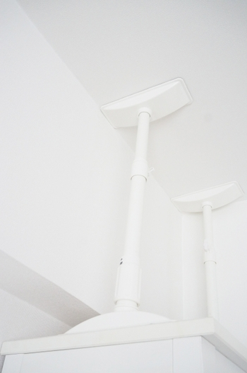 突っ張り棒の活用アイデア集!デッドスペースや収納に大活躍