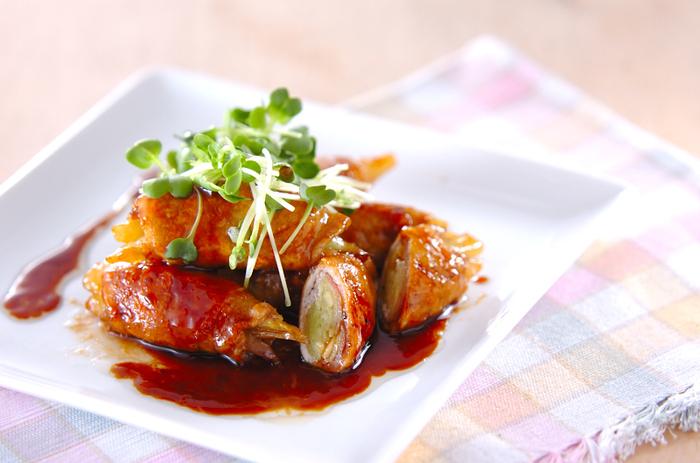 独特の風味としゃきしゃきした食感が美味しいみょうが。豚肉で巻くと食べやすくなります。醤油と酒、砂糖のベーシックな甘辛味で、お弁当にもおすすめ。