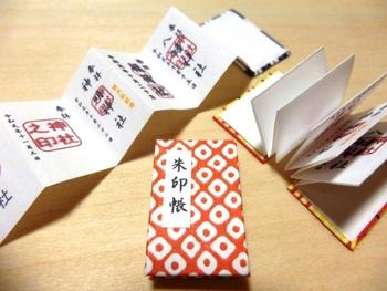 神社仏閣の人気「御朱印帳」34選!おしゃれでかわいい一冊の提案&使い方ガイド