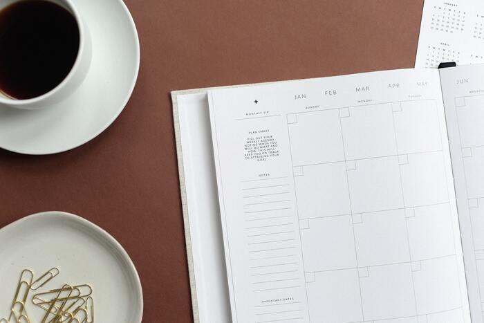 まずは、何月にどんなイベントがあるかを確認していきましょう。スケジュール帳や日記がある方は、見返すと把握しやすいと思います。税金など前年の控えがある方は、そのタイミングもチェックしておきましょう。