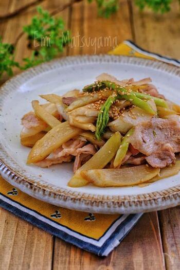 手に入りやすい「うど」をマヨネーズとポン酢しょうゆでマヨポン炒めにした一品は、マヨネーズのまろやかさで苦味が和らぐのでおすすめです。