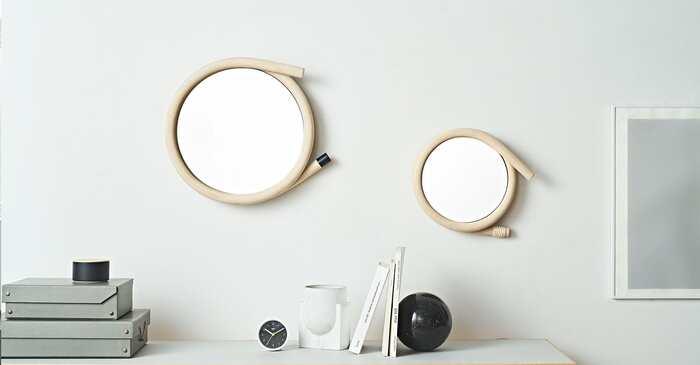 太い籐のフレームがインパクトを感じるミラー「wawa」。こちらは2016年にグッドデザイン賞を受賞した日本のプロダクトで、老舗の籐製品加工メーカー「ツルヤ商店」にてフレームが作られています。