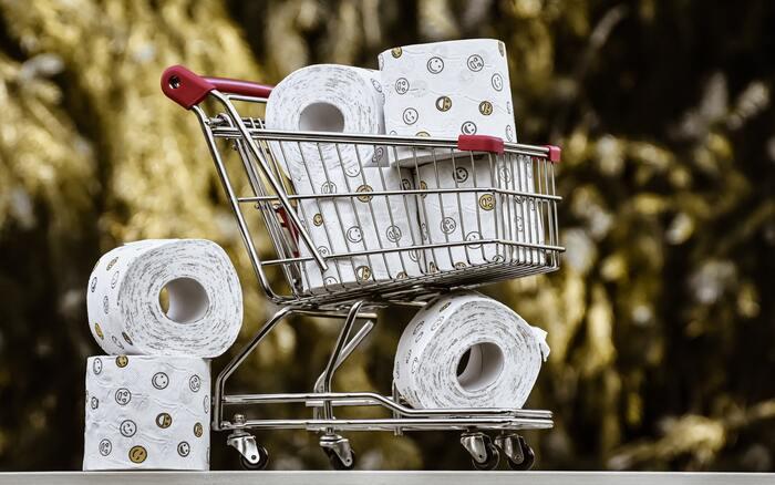 続いての理由が、時間や量の計算ができないこと。まず買い物をするときに、収納する場所を考えずに大量に買い込んだり、収納予定の場所と買う物のサイズを測らずにはまらない物を買ったりと、目分量かつ誤った計測をしてしまいます。細かく計画してから買い物をするのが苦手とも言えますね。