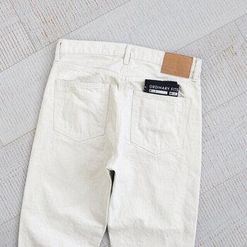 爽やかな春の装いに。「ホワイトデニム」を使った大人コーデ集