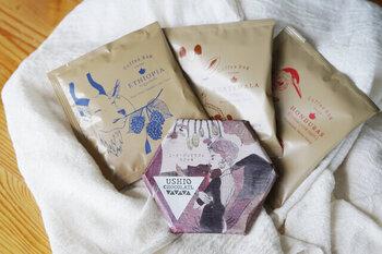 USHIO CHOCOLATL×タビノネのコラボチョコレート「フルーツバスケット」とコーヒーバッグのセット。コーヒーは、グアテマラアンティグア、エチオピアイルガチェフェ、ホンジュラスの3種です。