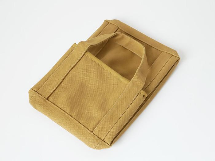 畳めるというのは、布製ボックスの最大のメリットかもしれません。使っていないボックスはかさばりますが、コンパクトに畳めばクローゼットなどにしまっておけます。
