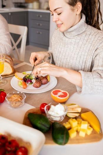 """ダイエット中の""""おやつ""""はOK?誘惑に負けない考え方や、食べたいときのおすすめをご紹介"""