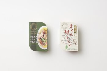 菜種油やローリエなどのシンプルな材料に漬けられた千葉の銚子産のオイルサーディンは、素材の味をしっかり感じる美味しさ。普段の食卓だけでなく、アウトドアや来客時のおもてなしなどにも活躍してくれます。